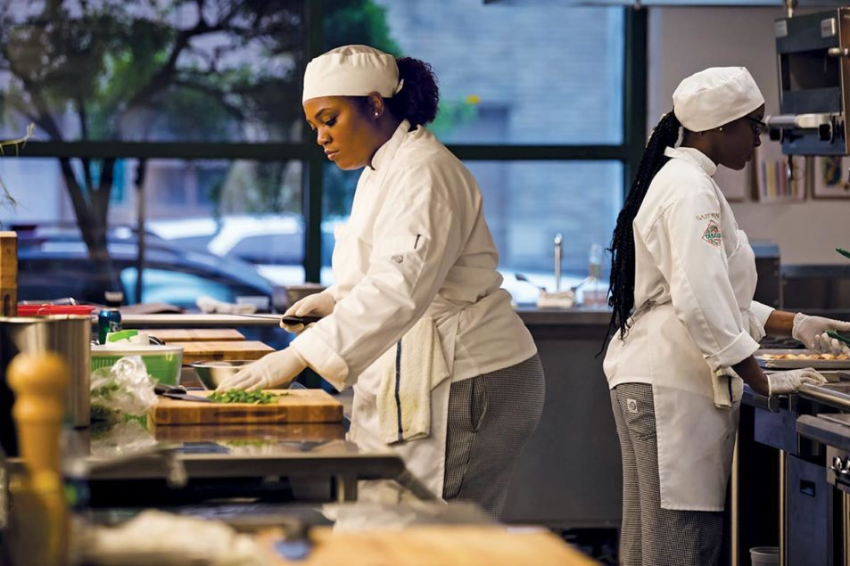 Photos Black Girls New-Orleans-Culinary-Hospitality-Institute-NOCHI-3